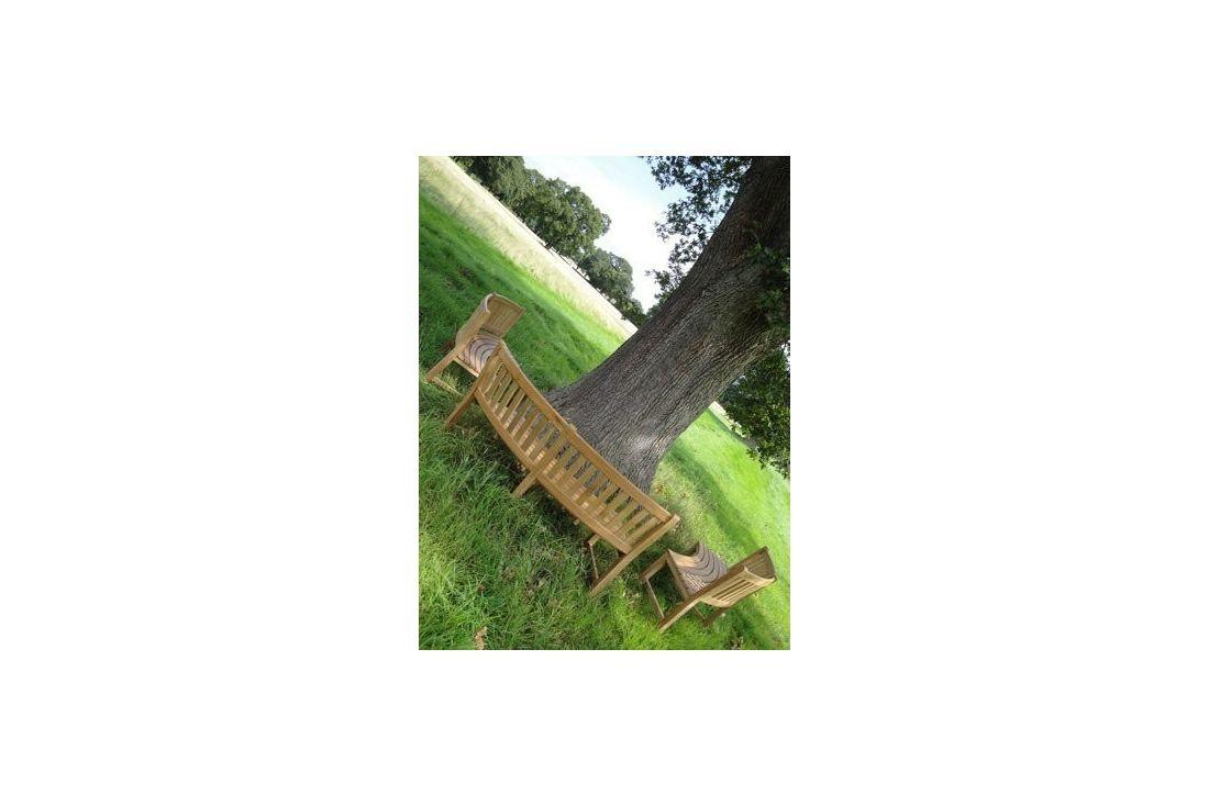 Contour teak bench FSC Certified