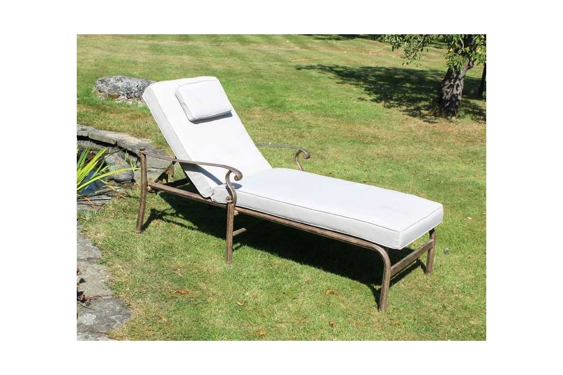 Casino Chaise Lounger